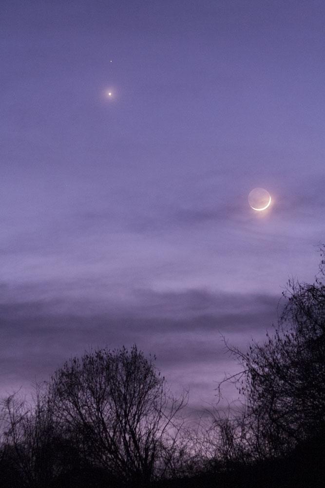Rapprochement Lune, Venus et Mars du 20/02 150220-18h40-Lune-Menus-Mars